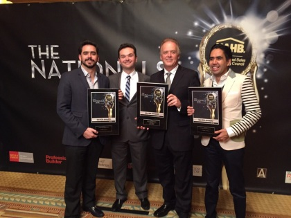 Francisco Peña 4S, Alex Becker, Christian Becker, Carlos Muñoz 4S recibiendo el %22Silver Award%22 en Las Vegas. The Nationals 2015