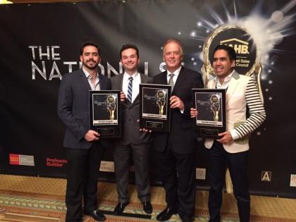Francisco Peña 4S, Alex Becker, Christian Becker, Carlos Muñoz 4S recibiendo el %22Silver Award%22 en Las Vegas. The Nationals 2015