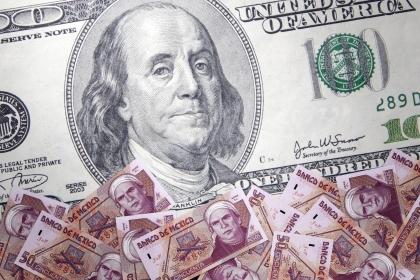dollar_crisis_pesos_reporte_economia_grupo4s_fitch
