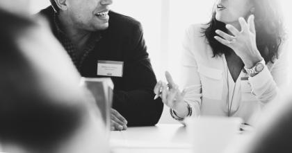 coworking-meeting-spectrum-grupo4s-proyectos-inmobiliarios-guatemala-latinoamericanos-centro-comercial